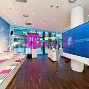 telekom er ffnet flagship store in stuttgart channelobserver. Black Bedroom Furniture Sets. Home Design Ideas